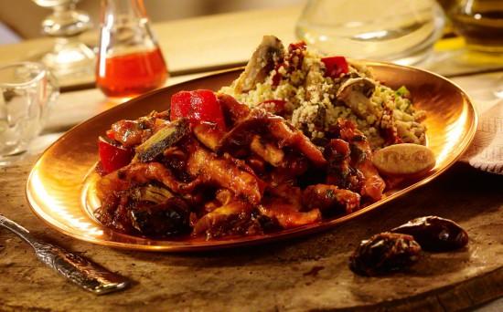 Pui marocan in sos Harissa